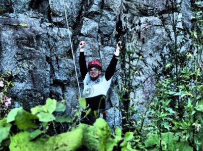 Fiilikset kun 20 metriä kallion seinää laskettuna
